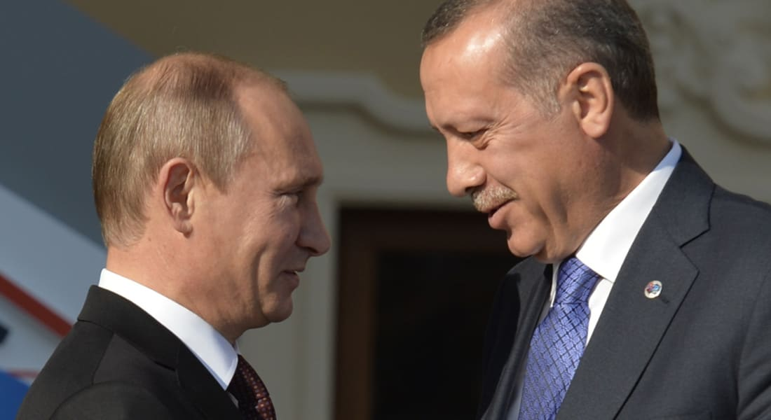 """محلل: أردوغان وبوتين يملكان الشخصية ذاتها.. و""""داعش"""" هو الحزب النازي لهذا العصر"""