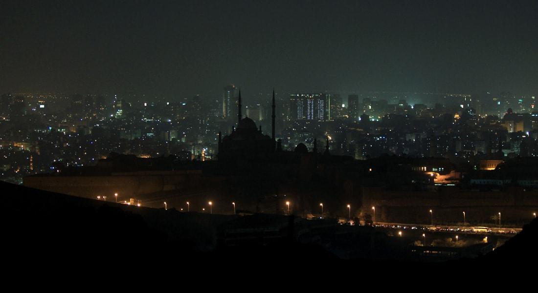 """تزامناً مع """"قمة المناخ"""" بباريس.. مصر تعلن تشغيل """"أكبر"""" محطة لإنتاج الكهرباء من طاقة الرياح"""