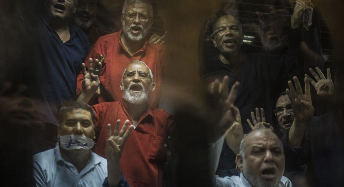 """هجوم قاس لوزير الثقافة المصري على جماعة """"الإخوان"""": جرائمها بدأت عام 1945 والبنا ليس شهيداً"""