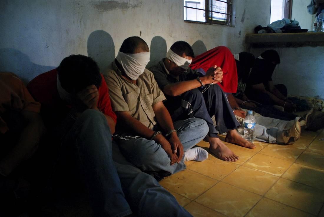 في حادث جديد.. اختطاف 11 تونسيًا في ليبيا للمطالبة بتحرير سجين ليبي