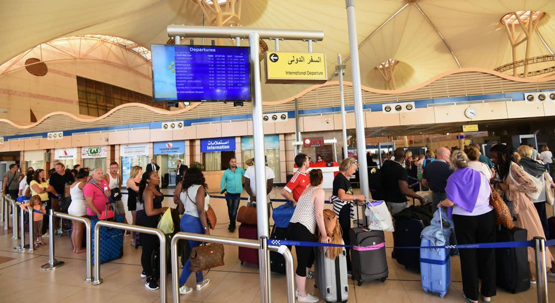 سفير بريطانيا بالقاهرة: لندن أول من أوقف الرحلات إلى شرم الشيخ وستكون أول من يستأنفها