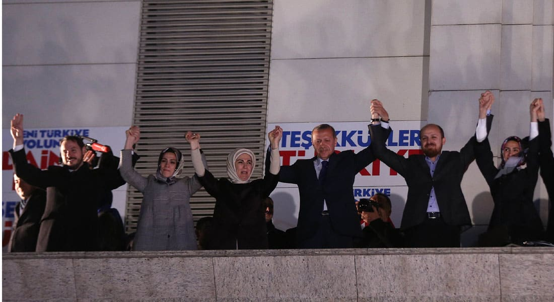 """أردوغان: اتهام أسرتي في """"نفط داعش"""" أمر غير أخلاقي.. وروسيا ليست مجبرة على مساعدة نظام يقتل شعبه"""