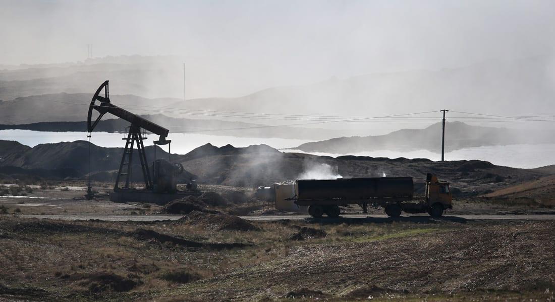 """الدفاع الروسية: عدم رصد الأمريكيين صهاريج """"داعش"""" لنقل النفط من سوريا إلى تركيا """"غطاء مباشر"""" للتهريب"""