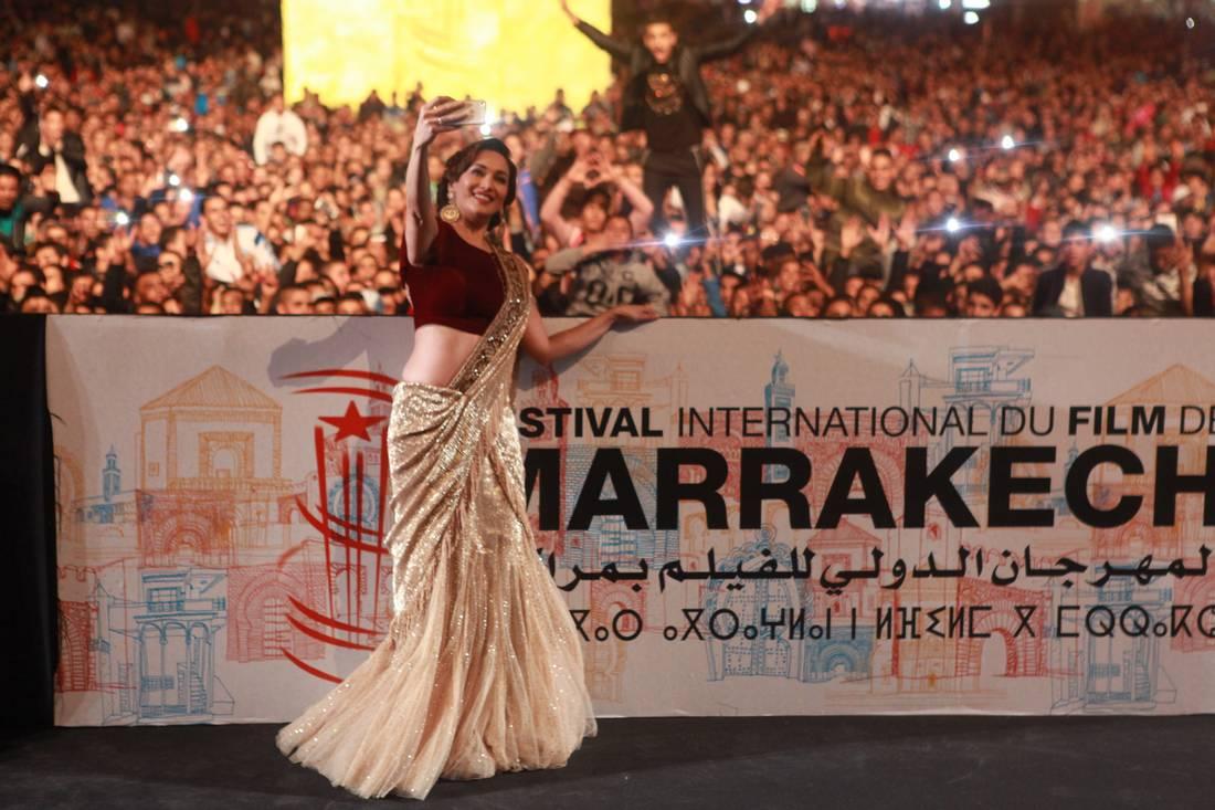 مادهوري تضيء سماء مراكش بألوان السينما الهندية في ليلة تكريمها