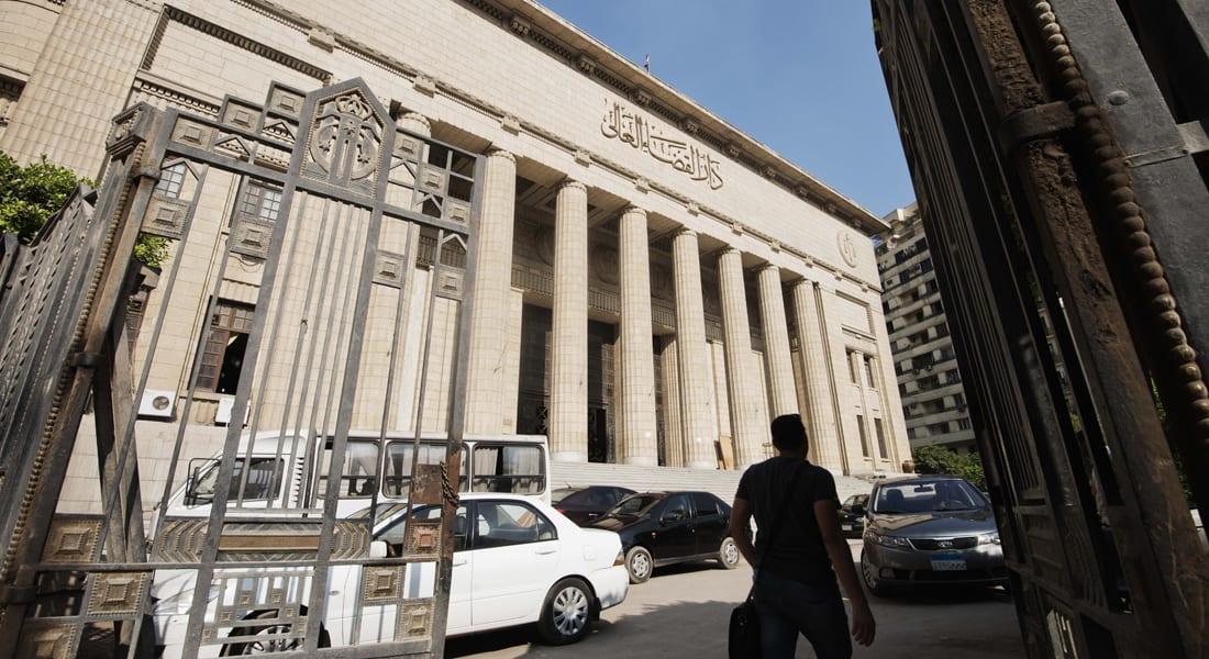 أحمد عبد ربه يكتب عن الفرق بين فترتي حكم مبارك والسيسي.. النظام الحالي مازال في سنة ثانية سلطوية