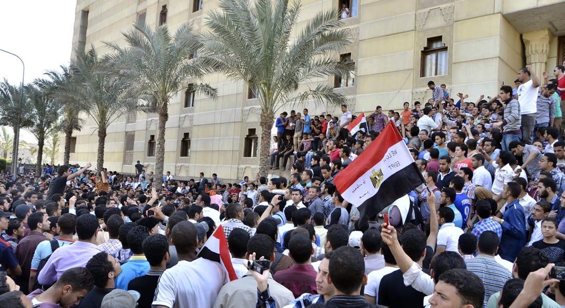 """مصر.. استقالة رئيس جامعة الأزهر بعد """"معركة قضائية"""" وجدل حول آخر ترقياته"""