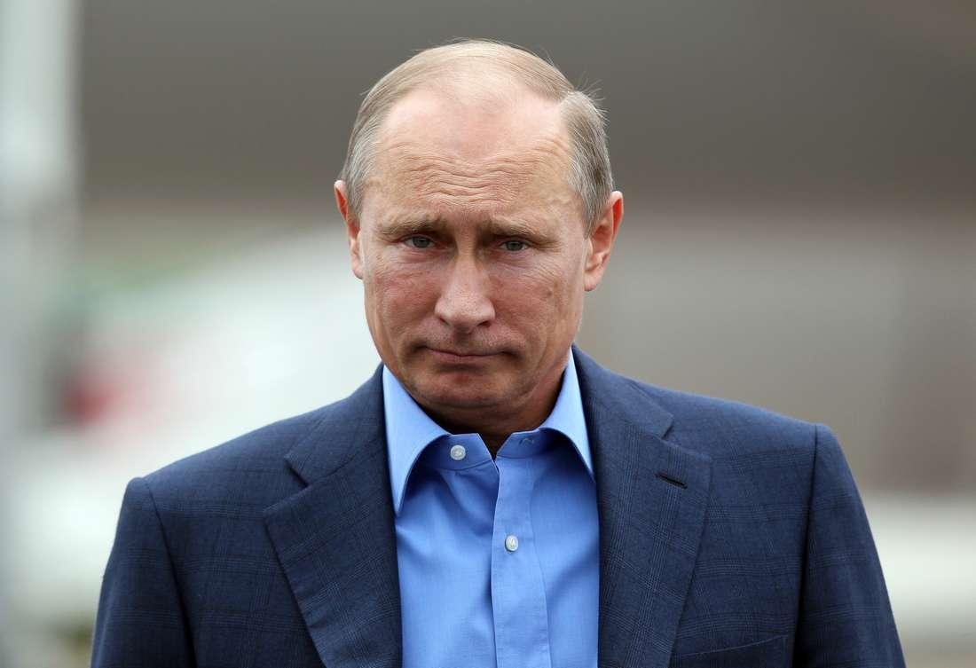 """بوتين يمتدح ترامب: """"هو سياسي لامع وموهوب.. وأراه المرّشح الأفضل في سباق الرئاسة"""""""