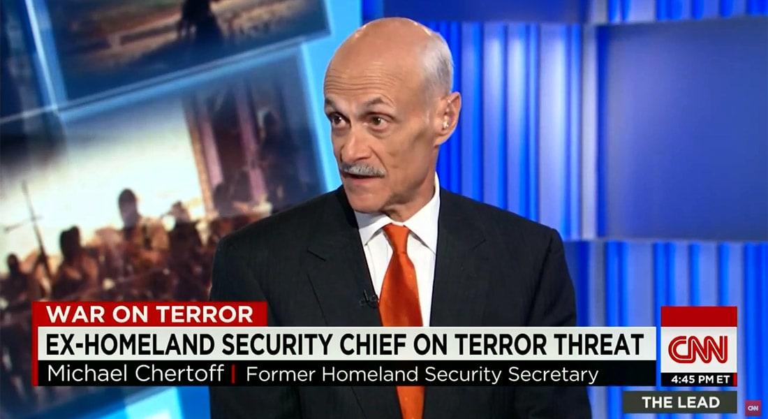 ردا على ترامب.. وزير الأمن القومي الأمريكي الأسبق لـCNN: كيف سيمنع مسلمون أمريكيون بالجيش وأجهزة الاستخبارات ببلادنا من الدخول؟