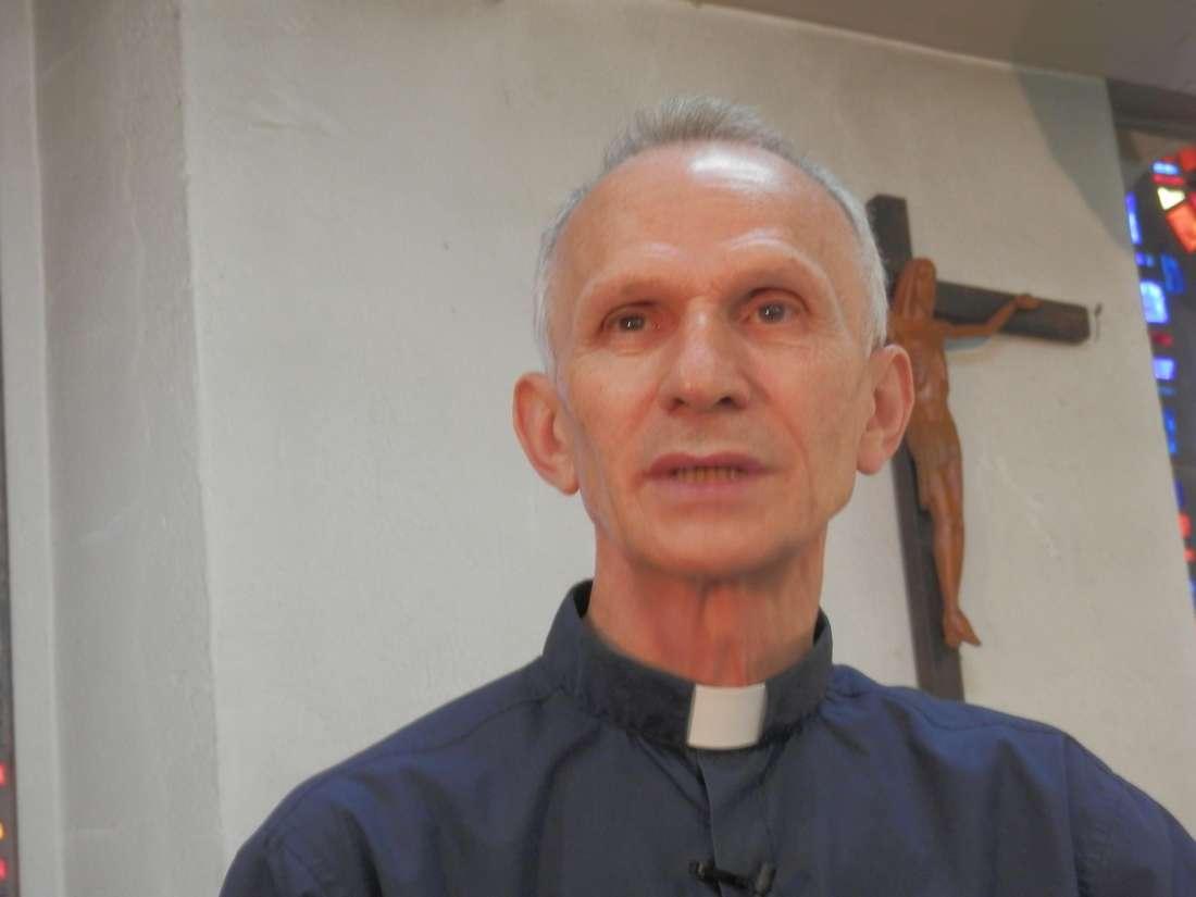 رئيس الأساقفة الكاثوليك بالجزائر لـCNN: رهبان دير تبحرين شاركوا الشعب الجزائري محنته