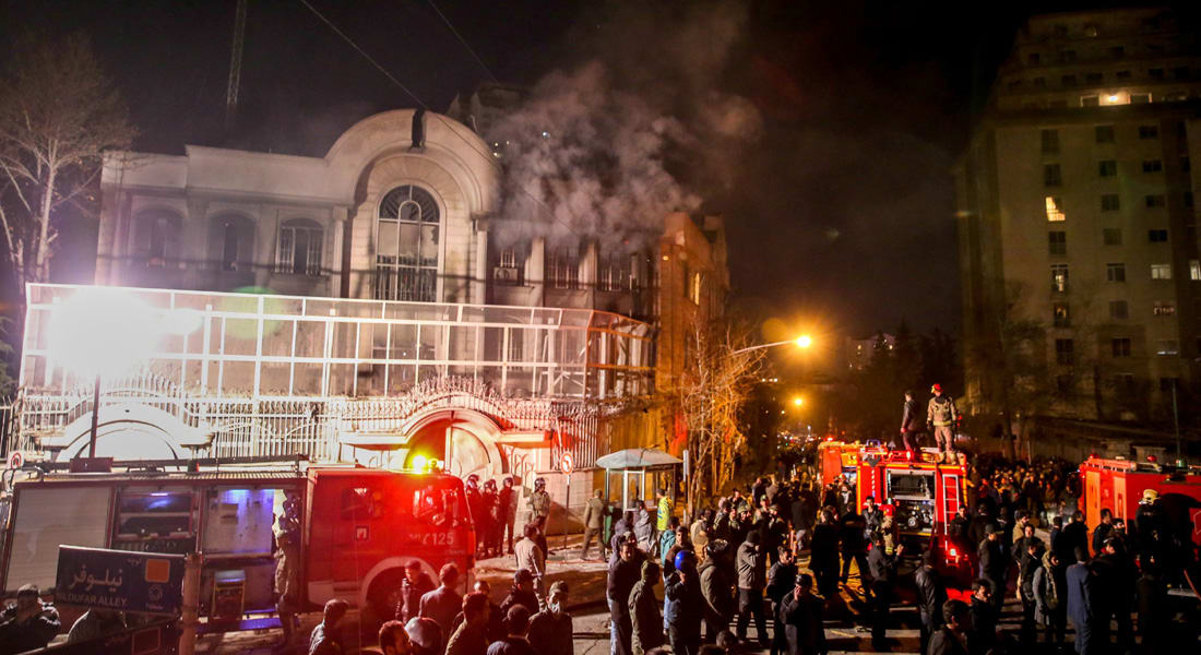 الكويت تستدعي سفيرها من إيران بسبب الاعتداء على السفارة السعودية