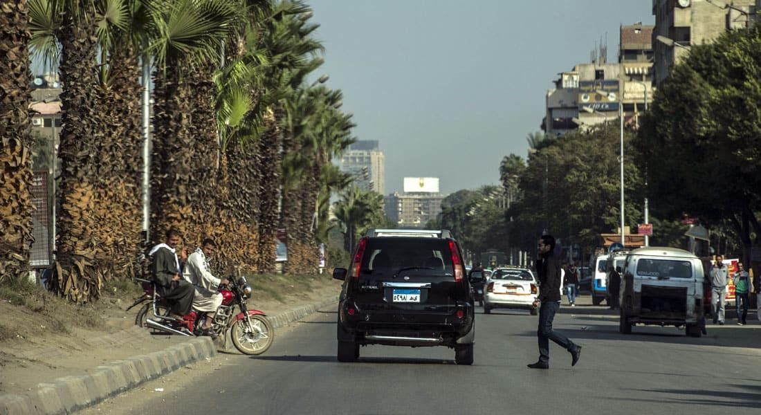 """الداخلية المصرية: الهجوم على فندق """"الأهرامات الثلاثة"""" استهدف قوات الأمن.. ومصدر: تزامن مع خروج سائحين من عرب إسرائيل"""