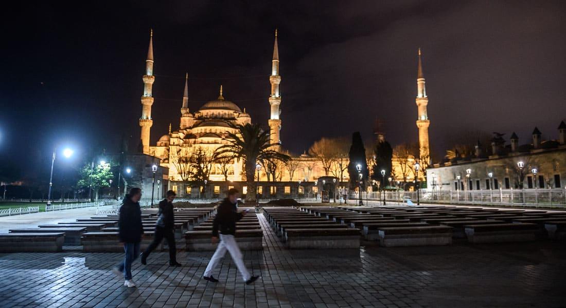 بعد منع روسيا للرحلات السياحية إلى تركيا وتحذير ألمانيا لمواطنيها بعد هجوم اسطنبول.. نظرة سريعة على الاقتصاد والسياحة التركية