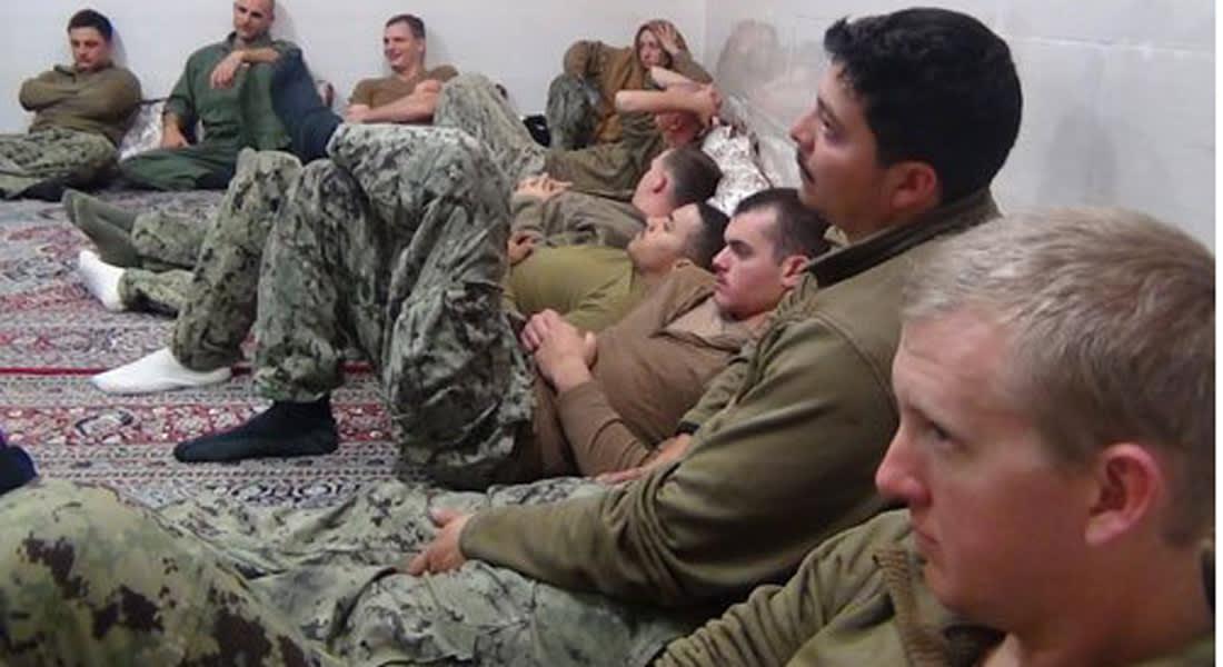 الحرس الثوري الإيراني: أفرجنا عن البحارة الأمريكيين بعد اعتذارهم والتعهد بعدم تكرار انتهاك المياه الإقليمية
