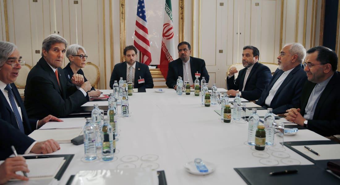 كيري يشكر إيران على إطلاق سراح البحارة الأمريكيين.. ويشيد بدور الدبلوماسية في حل الأزمة