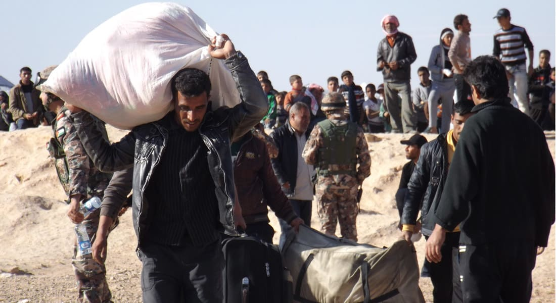 """الأردن يؤكد تفاقم أعداد اللاجئين السوريين جراء التدخل العسكري الروسي ويمنع دخول """"الشباب العازب"""""""