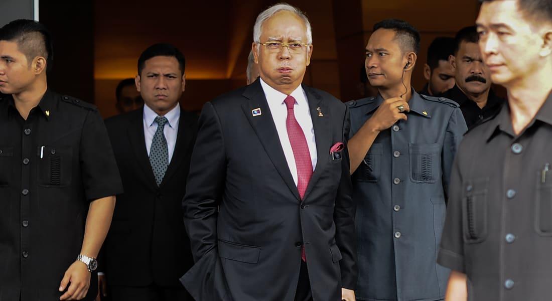 """رئيس وزراء ماليزيا مرتاح بعد التحقيق حول """"تبرع"""" بـ681 مليون دولار تلقاه من العائلة المالكة السعودية"""