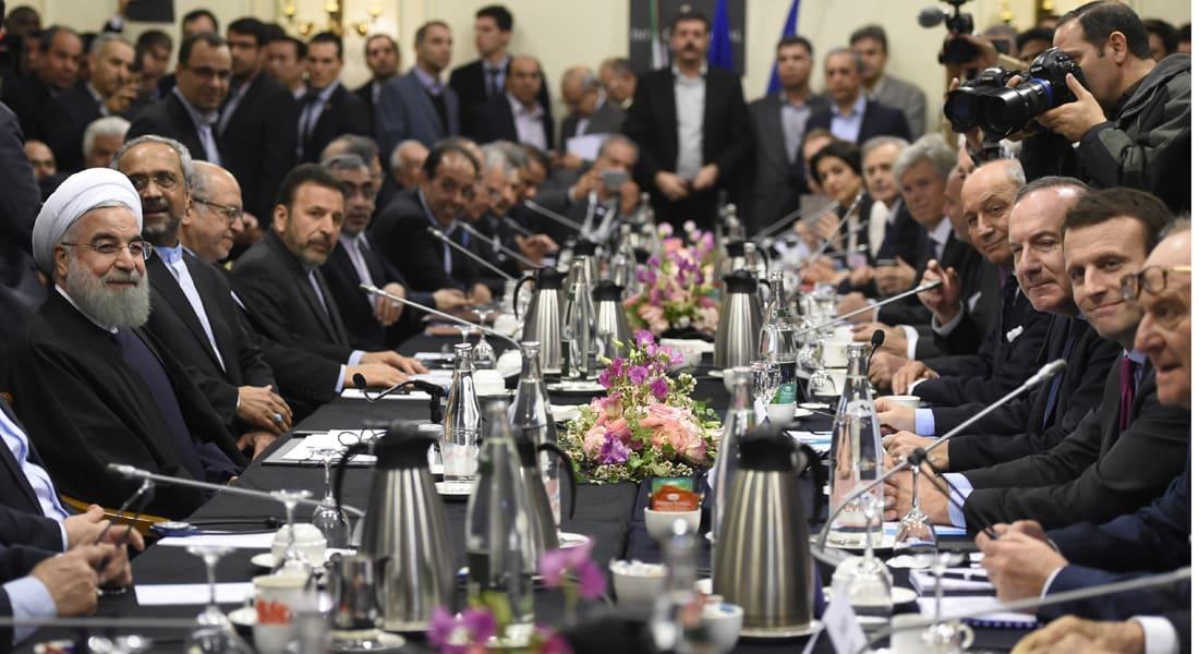 """روحاني يعلن عن بدء فصل جديد في علاقة إيران والاتحاد الأوروبي.. ويدعو أمريكا إلى وقف """"السلوك العدائي"""""""