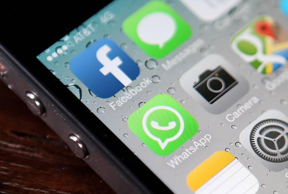 كيف ساهمت مواقع التواصل الاجتماعي في انقسام الليبيين وتغذية العنف بينهم؟