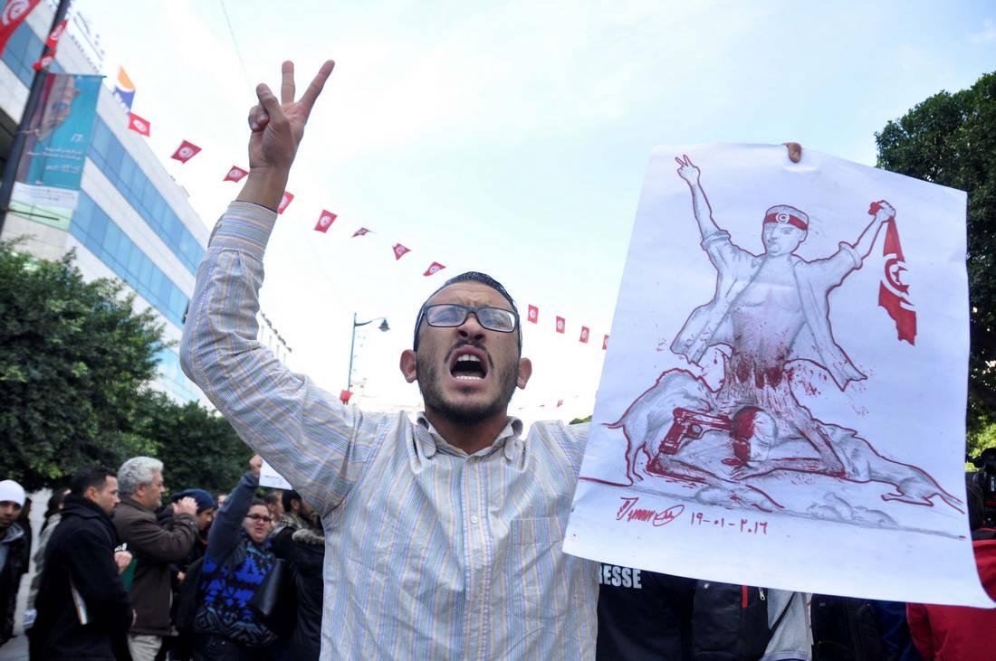 ارتفاع البطالة.. عائق يُكبّل تونس ويعيدها إلى عهد ما قبل الثورة