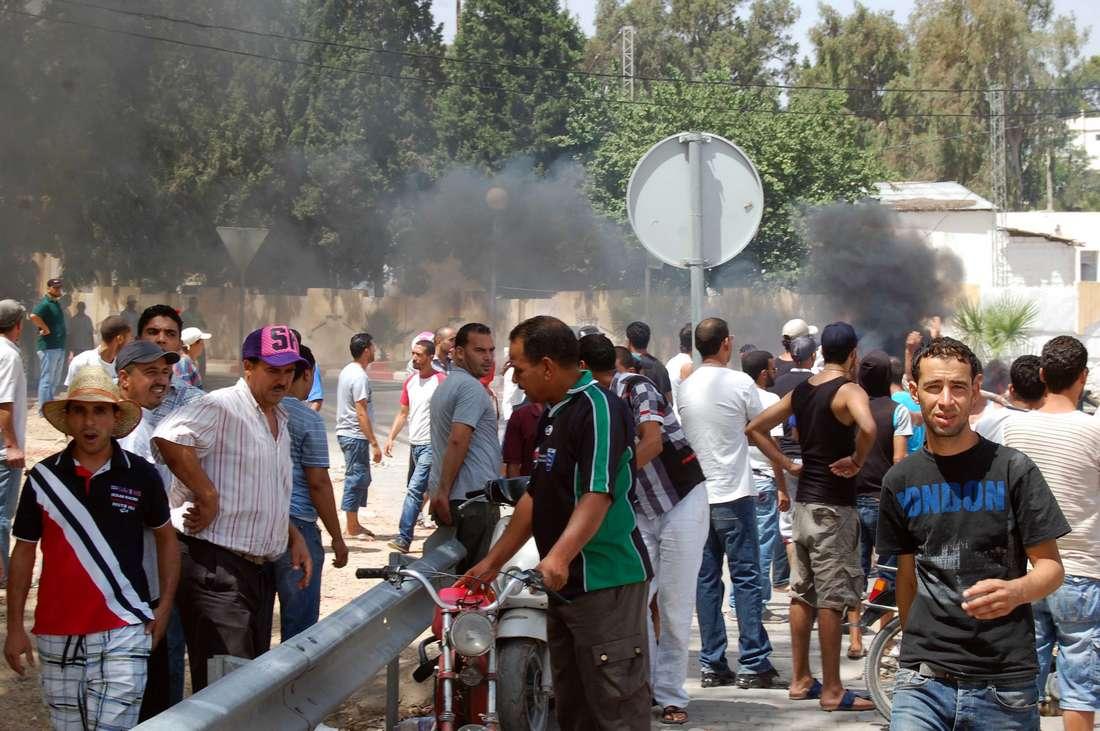في القصرين التونسية.. الفراغ والتشاؤم يقودان الشباب نحو ثقافة الموت