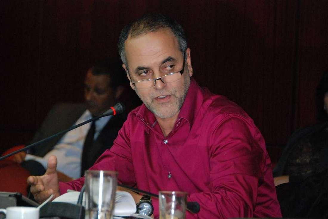 """افتتاحية حول """"الفساد الانتخابي"""" تجرّ نقيب الصحفيين المغاربة إلى المحاكمة"""