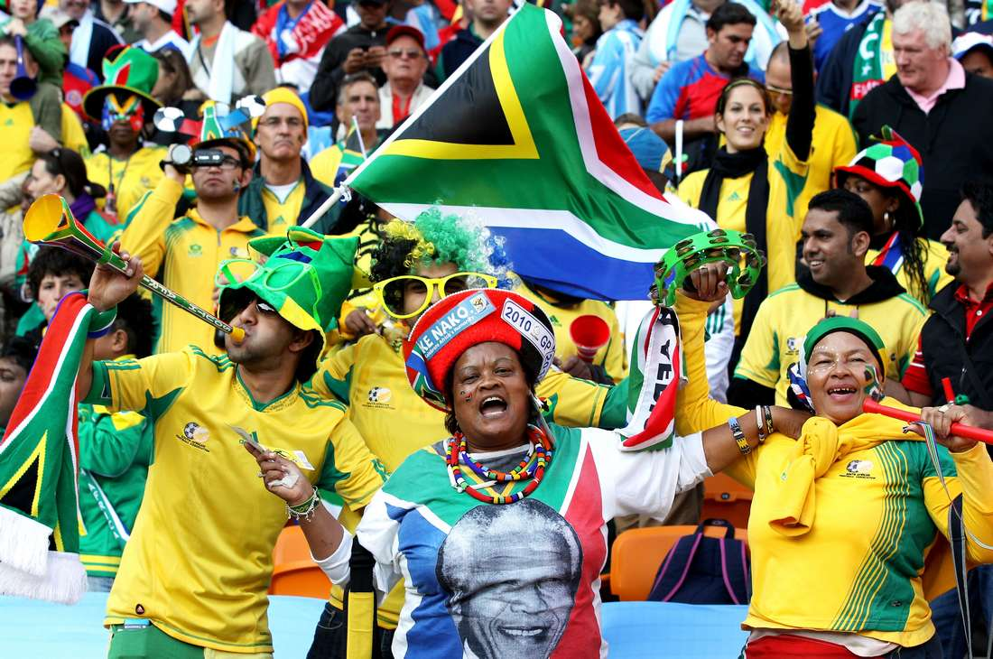 """فيفا تؤكد وجود رشى في تنظيم كأس العالم وتطالب أعضاءها """"الفاسدين"""" بالتعويض"""