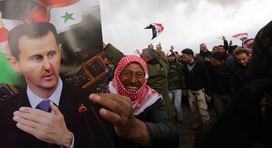 """تجمع شخصيات مؤيدة للنظام يندد بـ""""المؤامرة الكونية"""" على سوريا والأسد يعتبر أحداث المنطقة """"حربأ فكرية"""""""