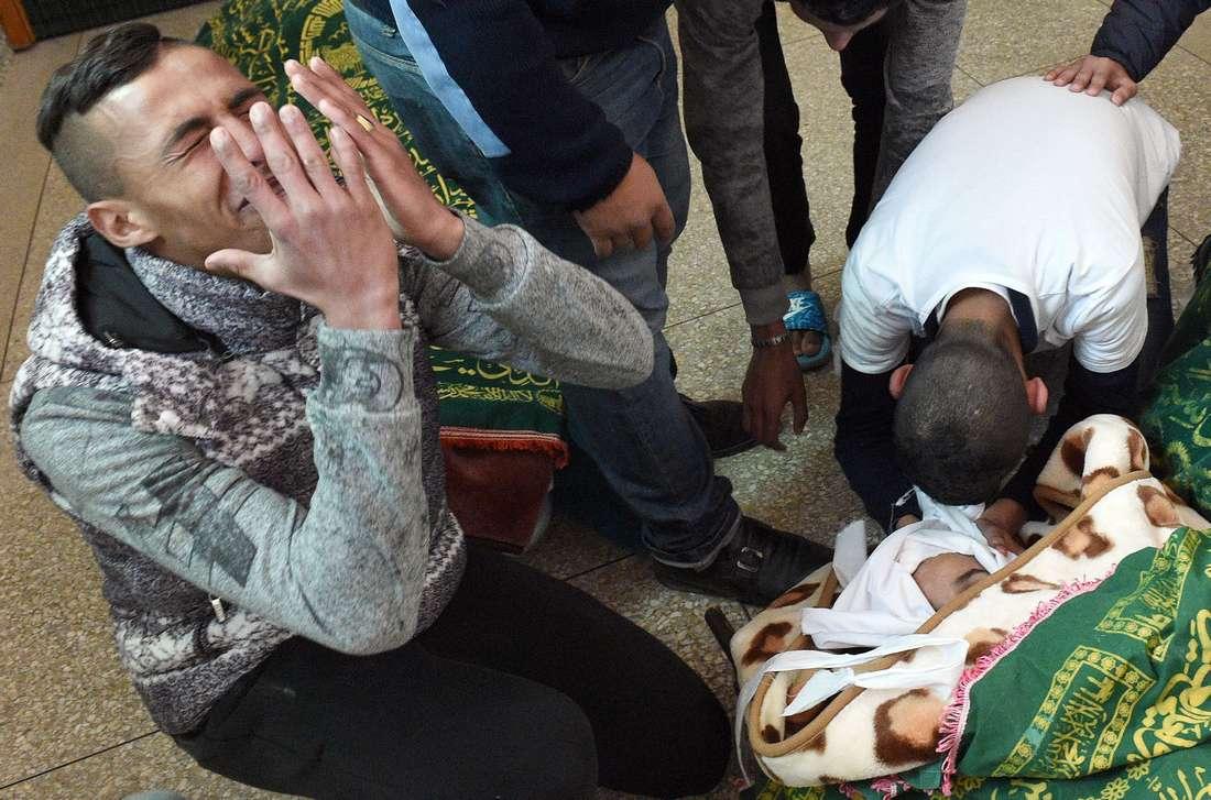 بعد مصرع 3 أفراد وجُرح العشرات.. البرلمان المغربي يتطرّق لظاهرة الشغب