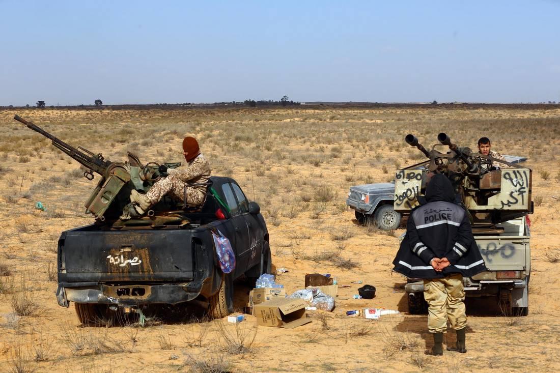 حكومة الوفاق الليبية تحشد دعم عشر مدن وميليشيات وحرس المنشآت النفطية