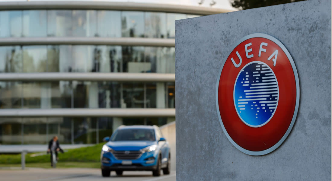 """وثائق بنما.. الشرطة السويسرية تداهم مقر """"اليويفا"""".. ورئيس """"الفيفا"""": مستعد لأي تحقيق"""