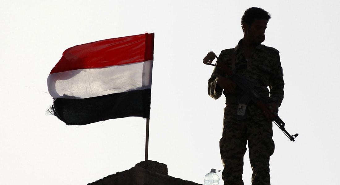 أول أيام وقف إطلاق النار باليمن.. الحوثي: السعودية لم تلتزم.. والأحمر: الانقلابيون قاموا بخروقات وخصوصا بتعز