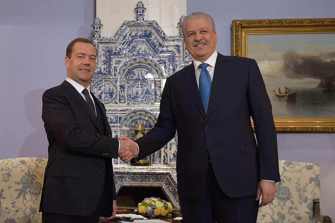 الوزير الأوّل الجزائري يزور روسيا لتقوية علاقة الطرفين اقتصاديا وسياسيا