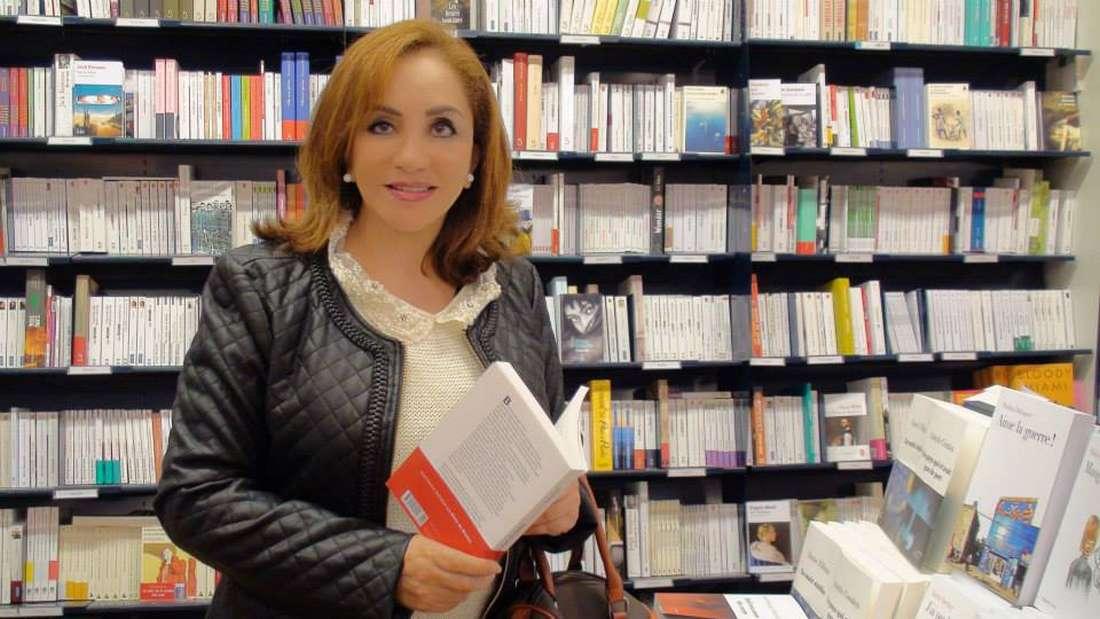إثر ترجمة جديدة لرواياتها إلى الإنجليزية.. بوتفليقة يهنئ أحلام مستغانمي