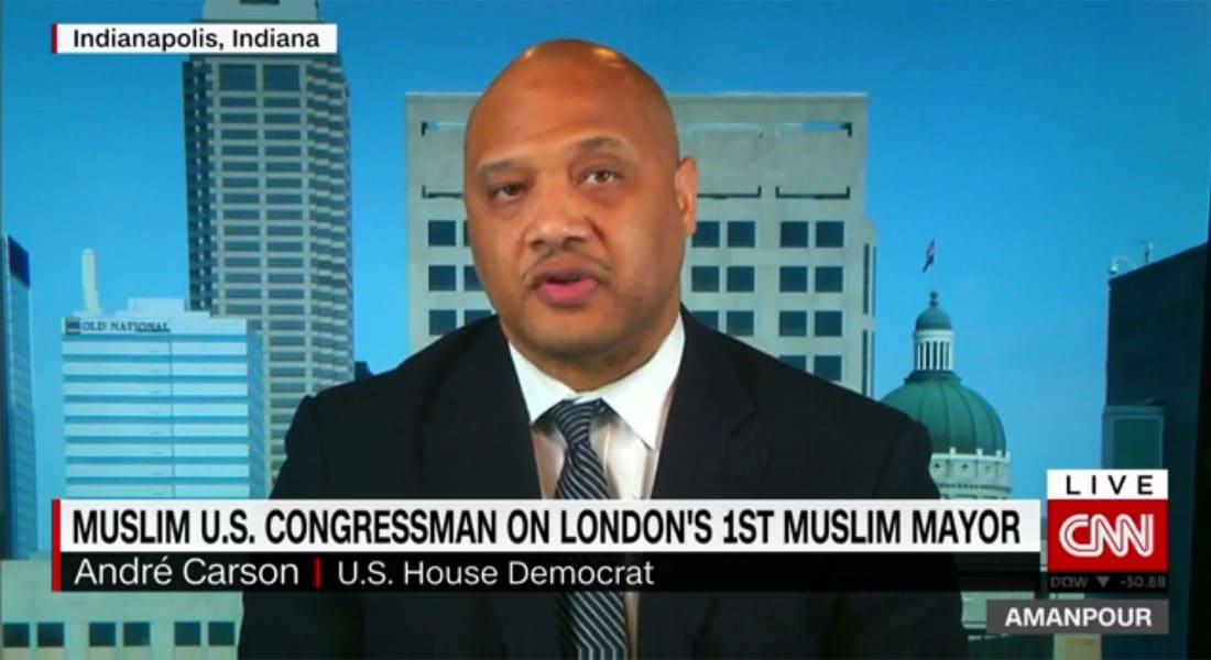 عضو بالكونغرس الأمريكي يروي لـCNN كيف اعتنق الإسلام.. ويؤكد: انتخاب عمدة مسلم للندن له دلالات عديدة