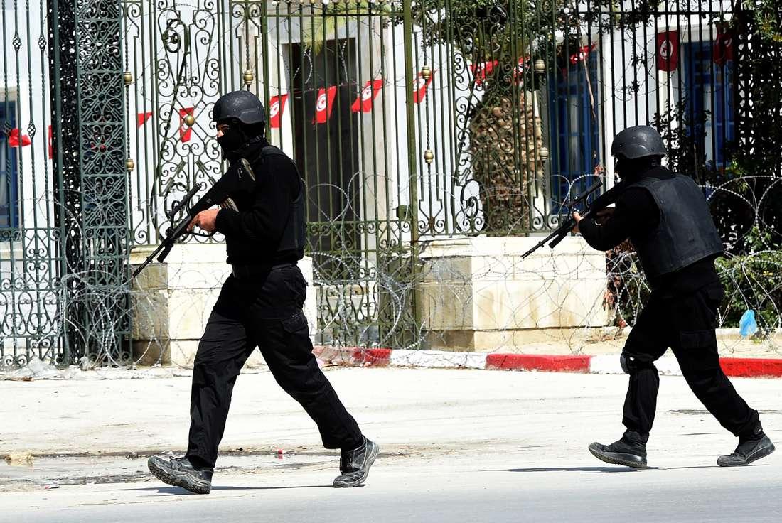 """الداخلية التونسية تعلن القضاء على """"إرهابيين"""" والقبض على 16 آخرين"""