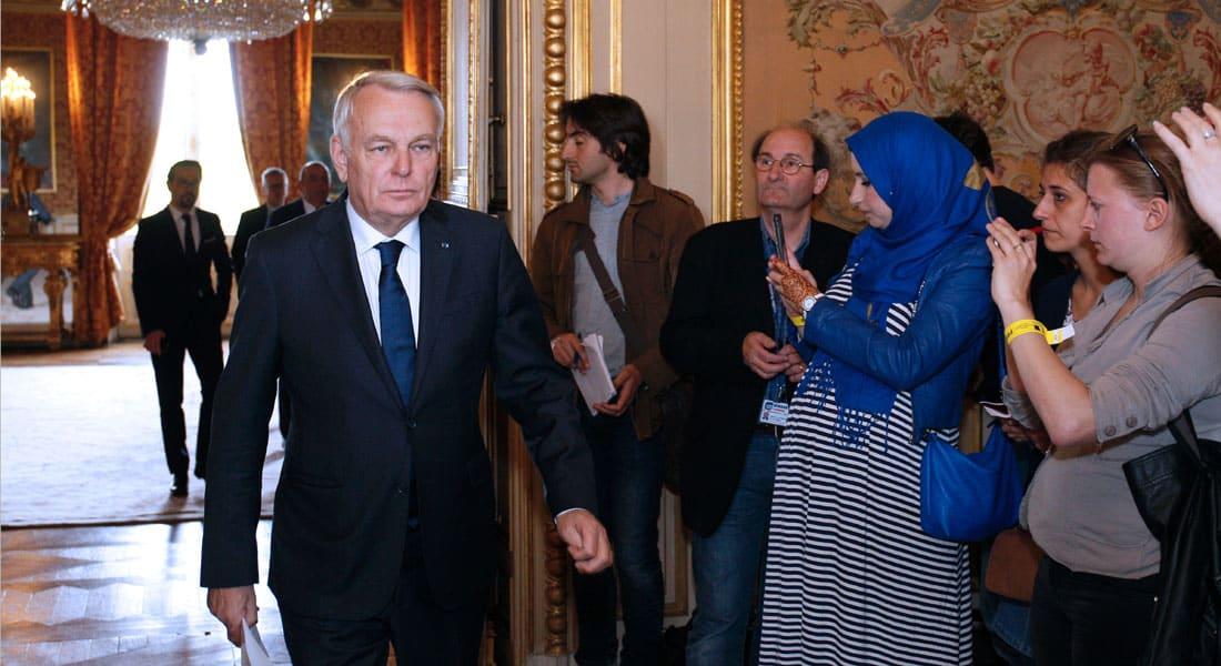 وزير الخارجية الفرنسي: لا نستبعد أي نظرية في حادث طائرة مصر للطيران.. والسفير المصري: لا نخشى الحقيقة