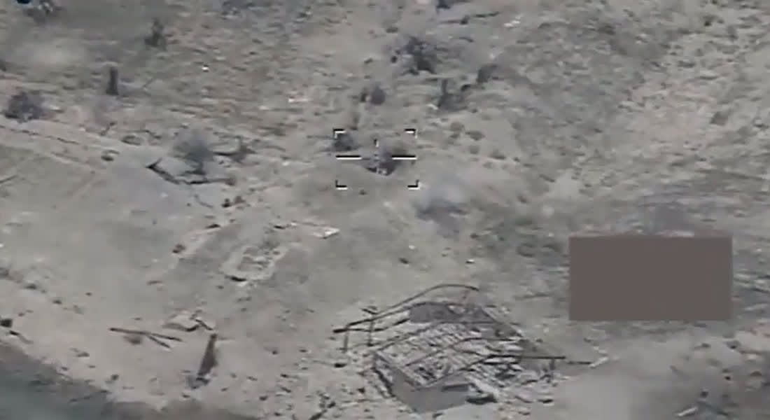 بالفيديو.. كيف تستهدف القوات العراقية مقاتلي داعش خلف السواتر الترابية بالفلوجة؟