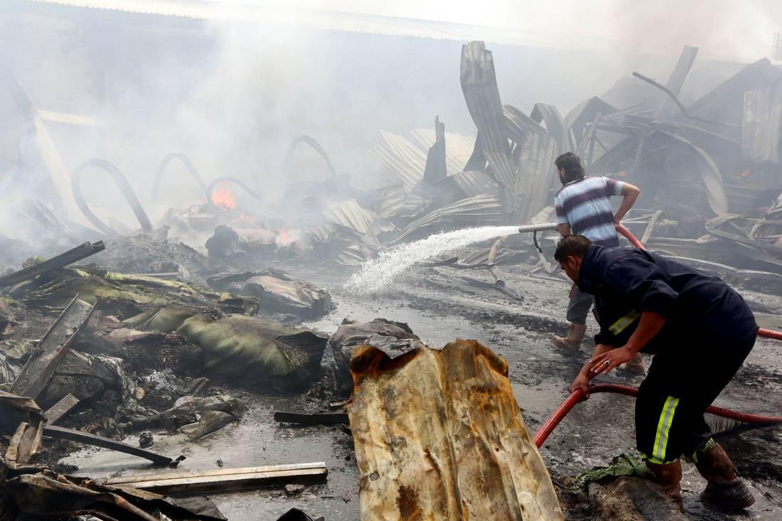 تفجير انتحاري ضد الجيش الليبي في بنغازي يخلّف 22 قتيلًا على الأقل بينهم مدنيين