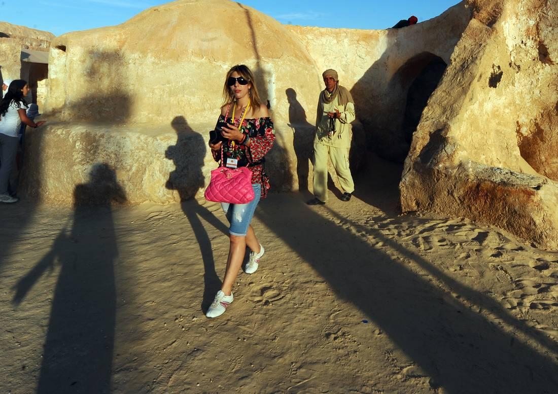 إقبال كبير للمسافرين على الخط البرّي الدولي بين تونس والجزائر