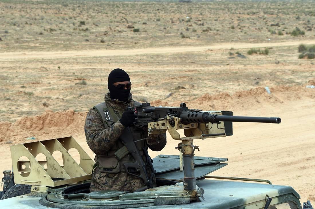من تكون جماعة عقبة بن نافع.. أكثر التنظيمات المتشددة تهديدًا لأمن تونس؟