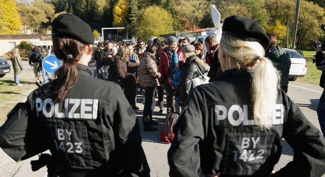 ألمانيا: اعتقال 3 لاجئين سوريين للاشتباه بانتمائهم لداعش