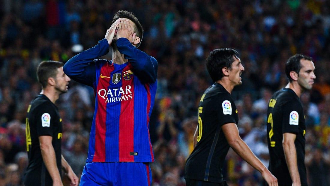 أتلتيكو يجبر برشلونة على التعادل ويحرمه من الوصافة
