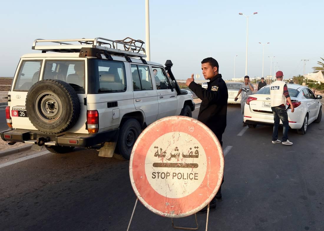 تونس والجزائر تعلنان عزمهما التخلّي عن ضريبة الحدود