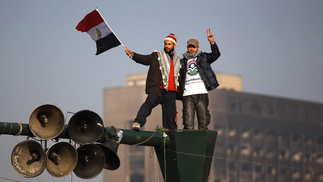 عمرو حمزاوي يكتب: المآلات الصعبة للديمقراطية واعترافات المستبدين الكاشفة