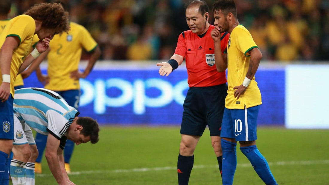 """البرازيل تلتقي الأرجنتين في مواجهة تاريخية على أرضية ملعب """"السباعية"""""""