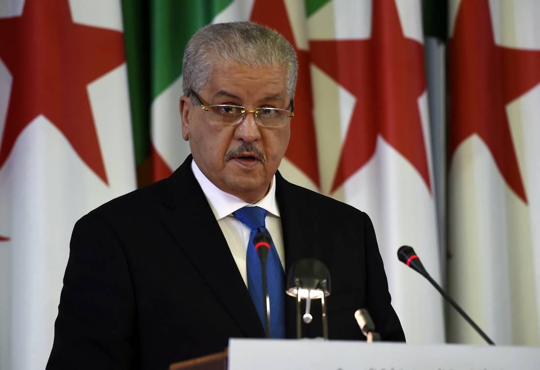 قبل زيارته لها.. الوزير الأول الجزائري يُشيد بالتعاون الثنائي مع السعودية