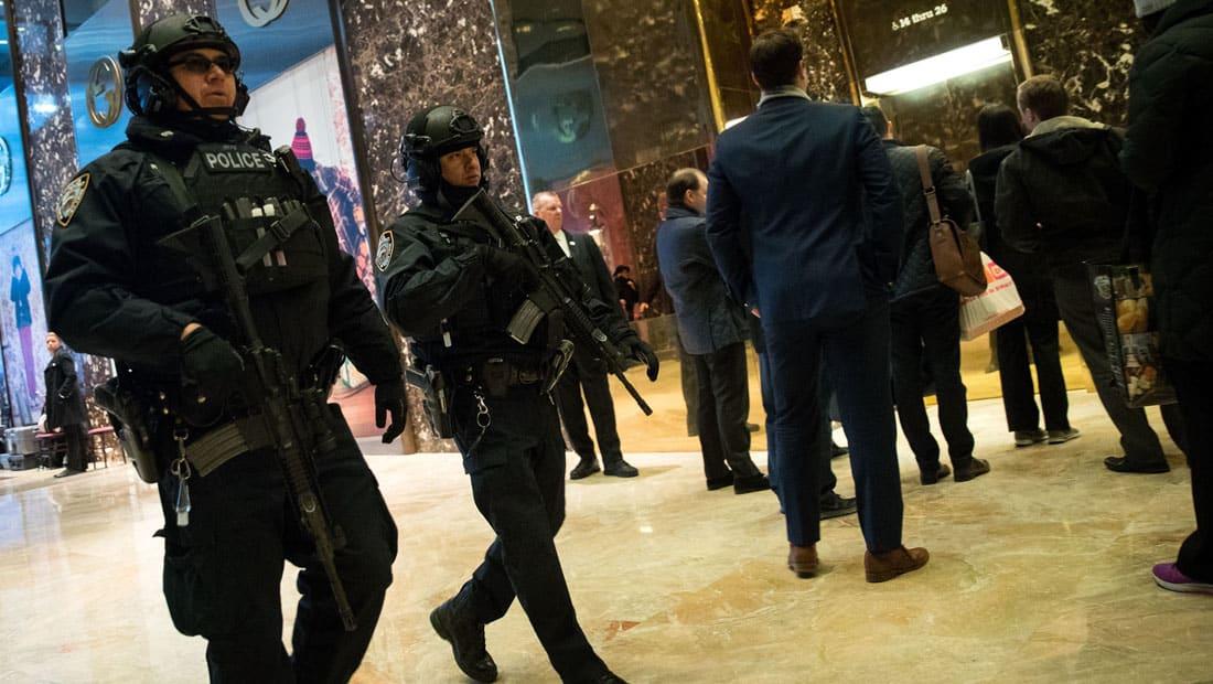 """الأمن يتأهب في نيويورك بعد تلميحات مجلة داعش لضرب """"عيد الشكر"""""""