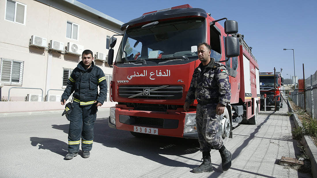 إسرائيل عن المساعدات المصرية والأردنية والفلسطينية في إخماد الحرائق: جارك قريبك