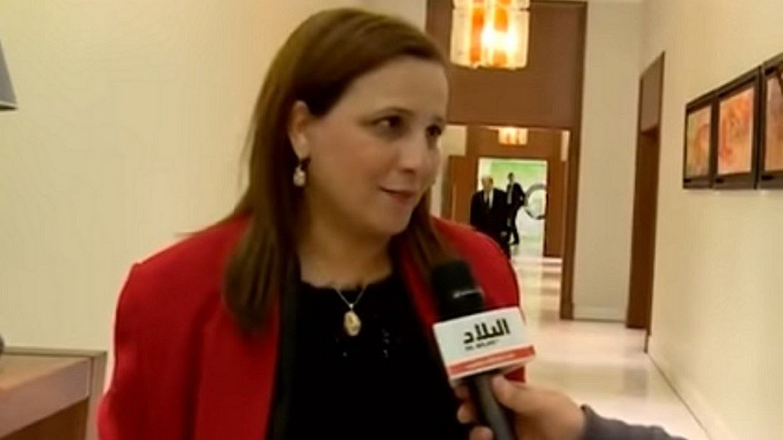 وزيرة جزائرية: يمكن للموظفات المتزوجات التنازل عن أجورهن للدولة والاكتفاء بنفقة الأزواج