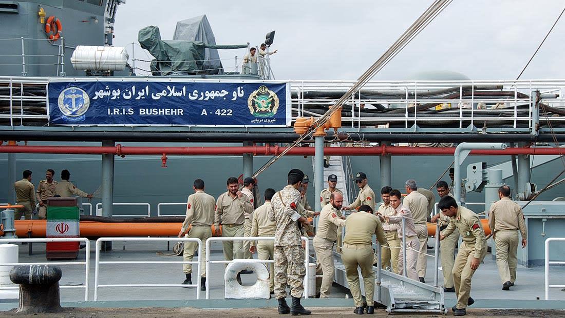 """إيران تهدد بـ""""رد عاصف على أي خطوة طائشة"""" في الخليج: قوات العدو في مرمى نيراننا"""
